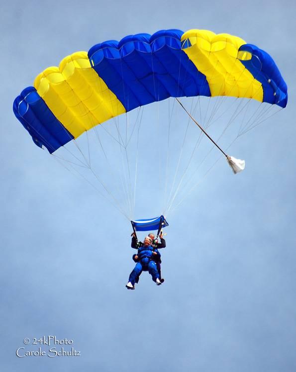 skydive_05sep09_cs_3885
