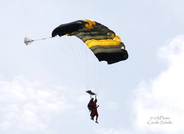 skydive_05sep09_cs_4151