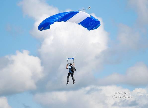 skydive_06sep09_cs_4351